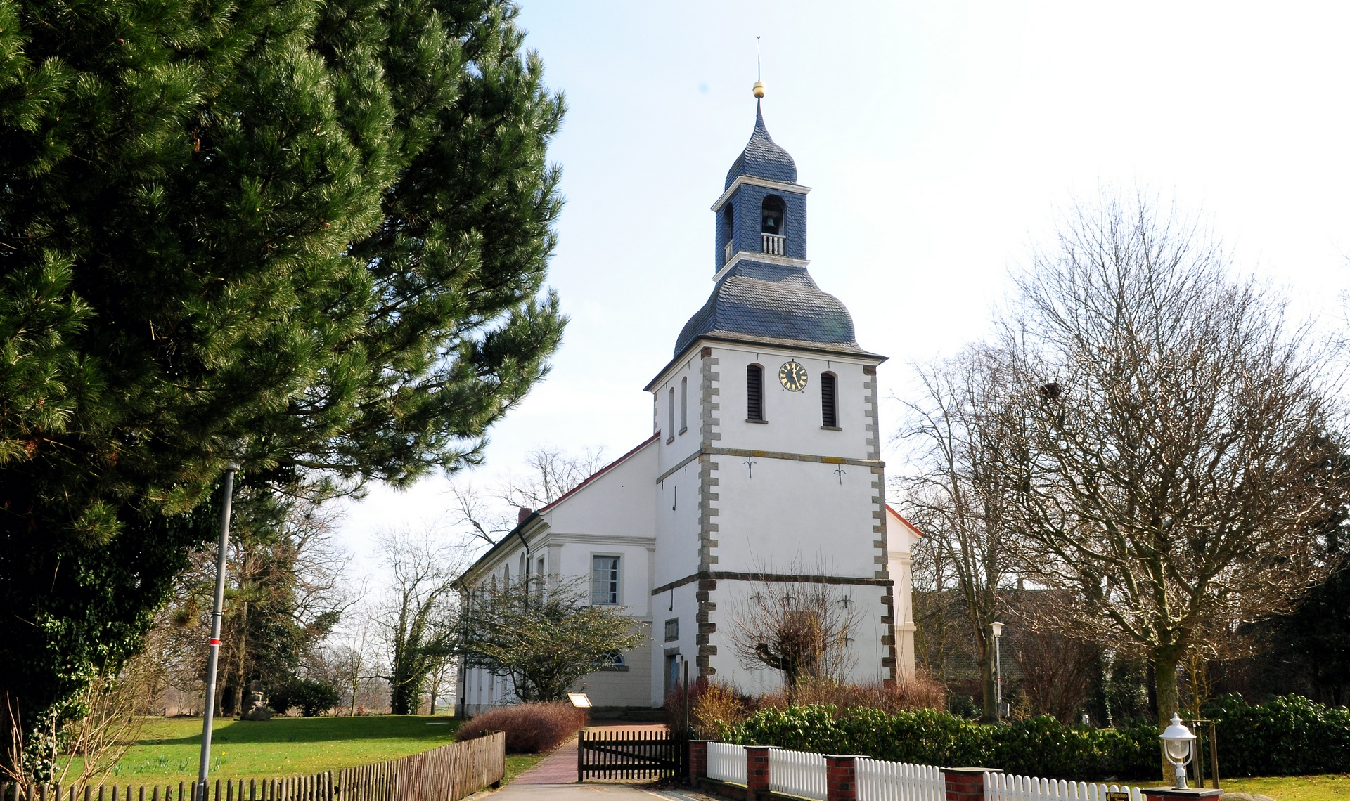 Rathaus_Startseite_Kirche_Blender