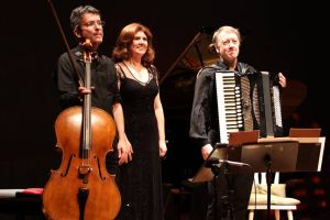 Trio Klassikmusikfestival: Matias de Oliveira Pinto, Viviane Taliberti und Stefan Hussong